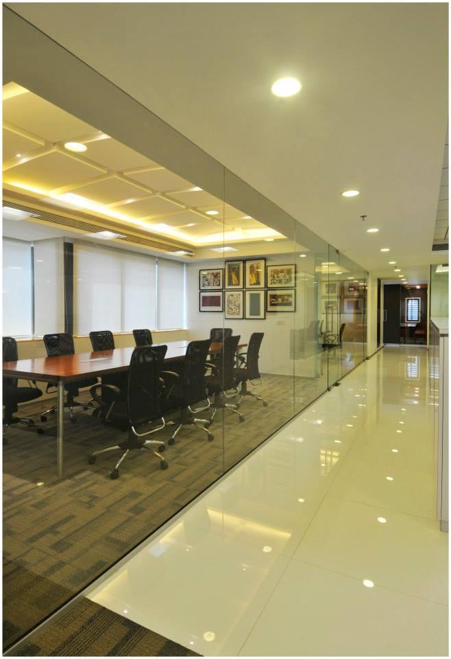 Office Hallway With False Ceiling by Hoshedaar Eruch Carnac Modern | Interior Design Photos & Ideas