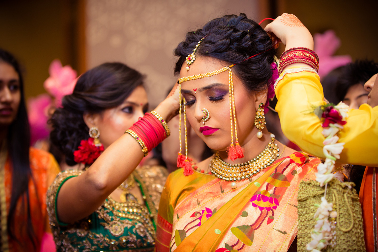 Bride Wearing Perfect Smokey Eye Makeup by Bosco Naveen Bridal-makeup Bridal-jewellery-and-accessories | Weddings Photos & Ideas