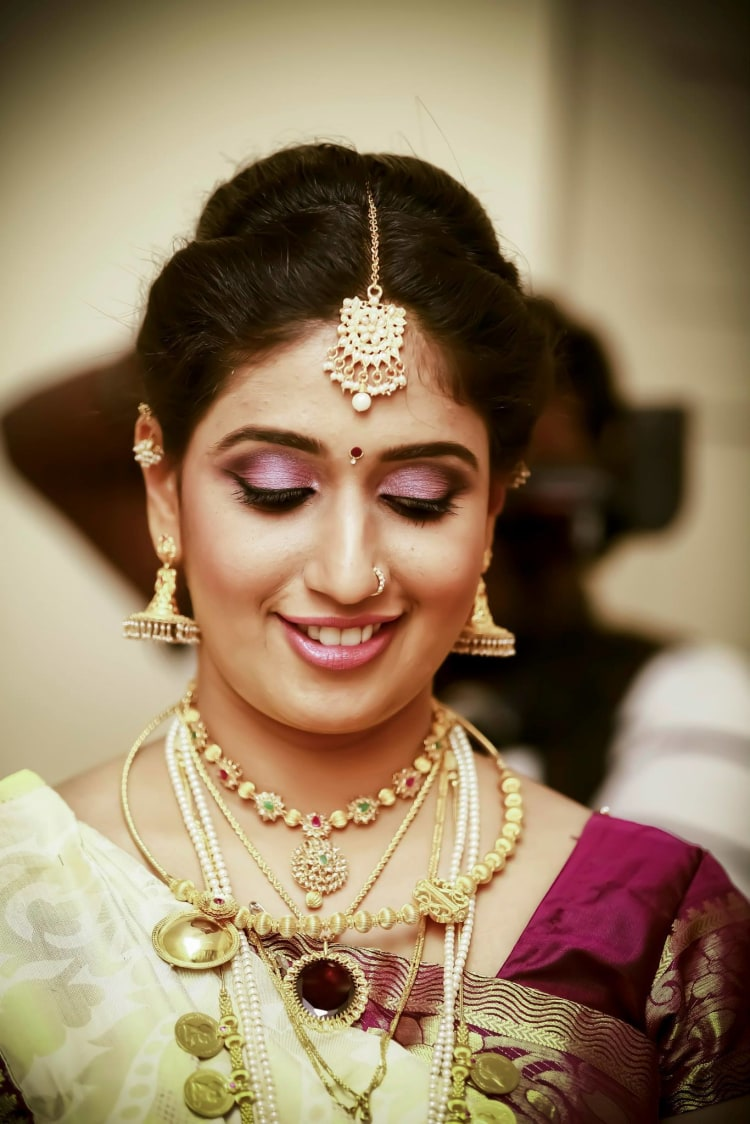Bride Wearing Pretty Pink Makeup by Bosco Naveen Bridal-makeup | Weddings Photos & Ideas