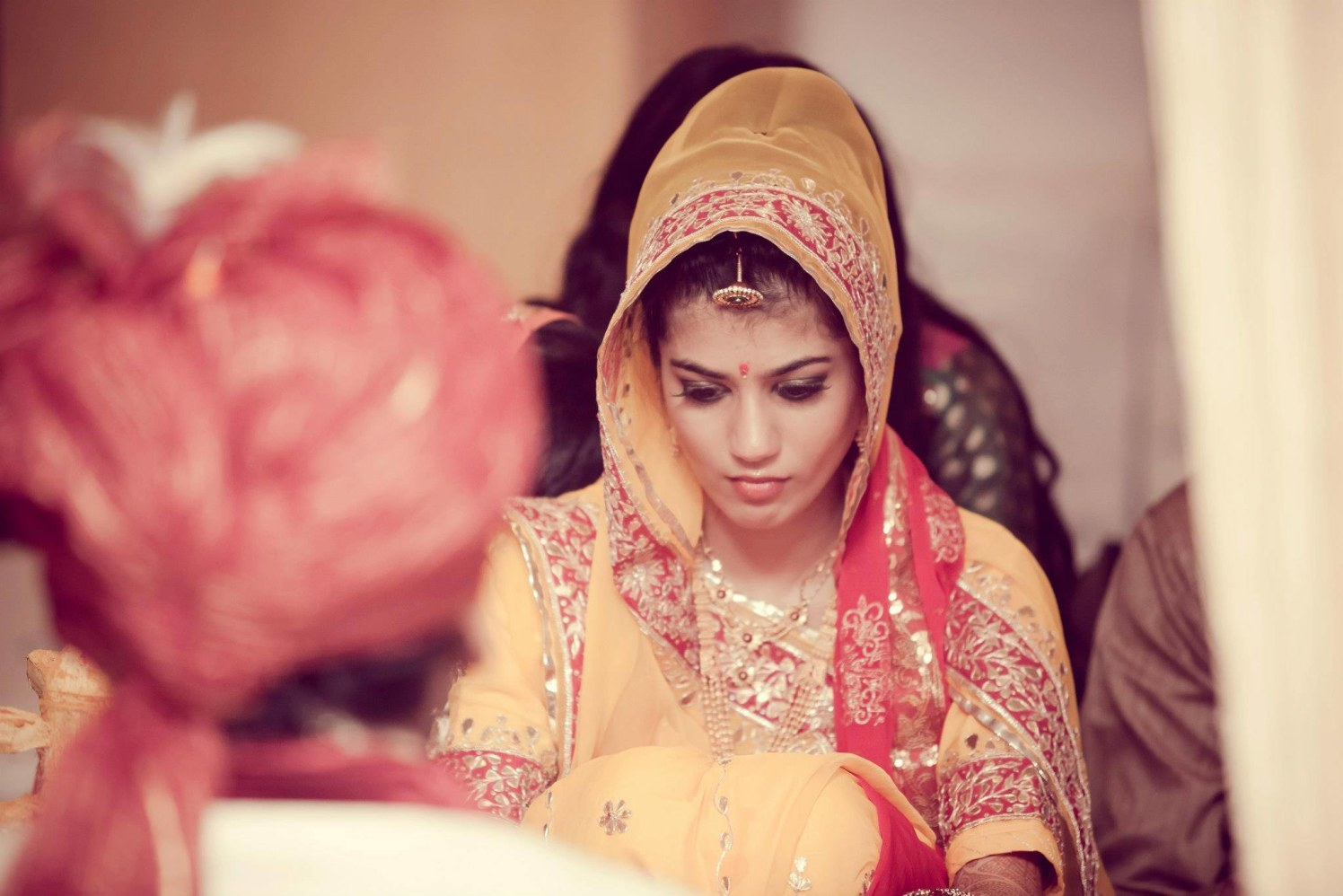 Bride Wearing Bold Bridal Makeup by Bosco Naveen Bridal-makeup | Weddings Photos & Ideas