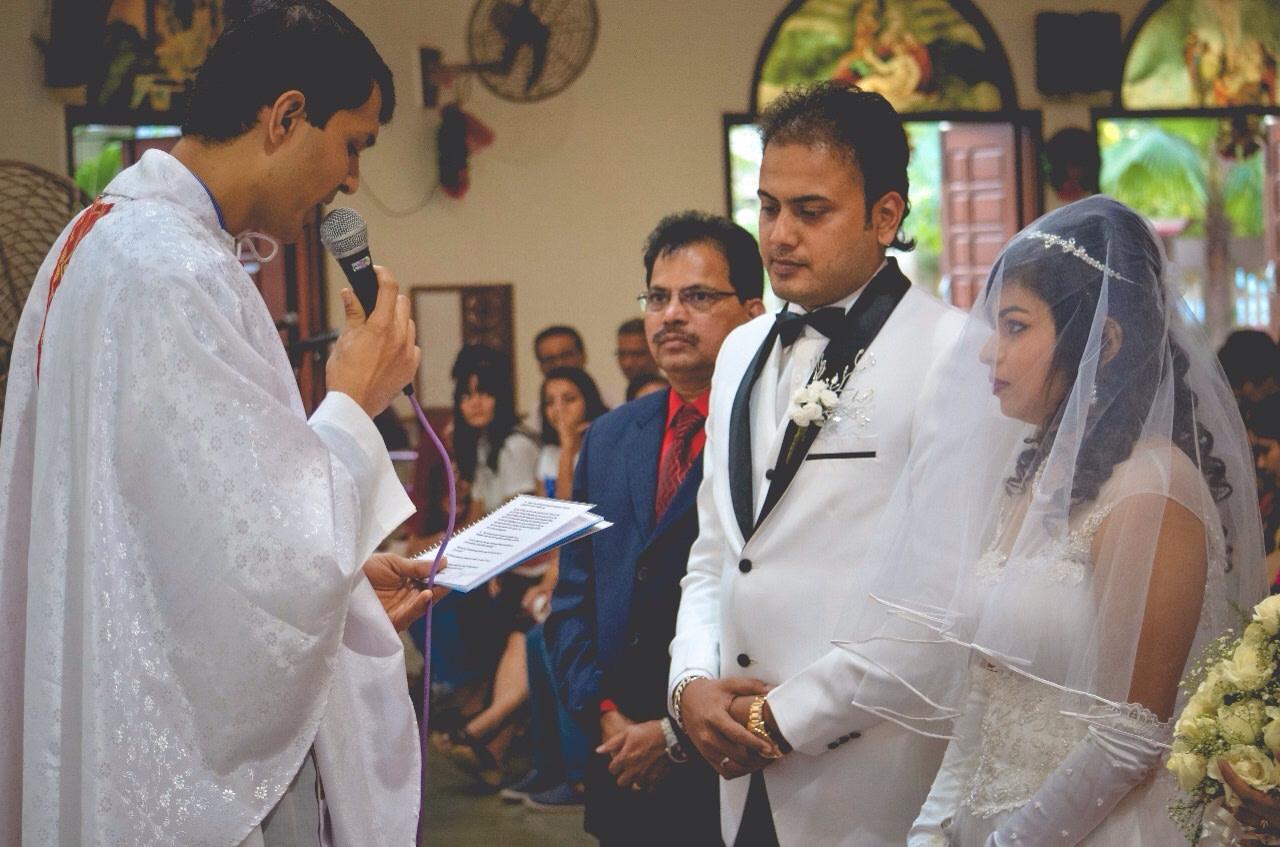 Christian wedding ceremony by Frame Fantasy Wedding-photography | Weddings Photos & Ideas