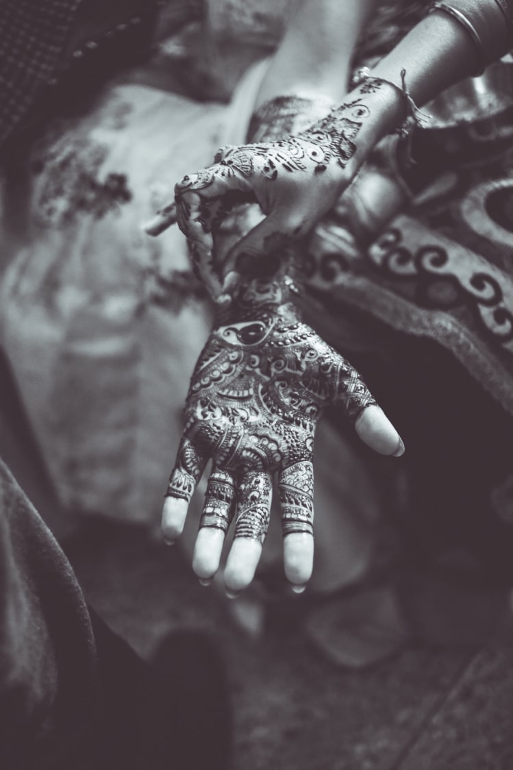 Beautiful bridal mehendi by Frame Fantasy Wedding-photography | Weddings Photos & Ideas