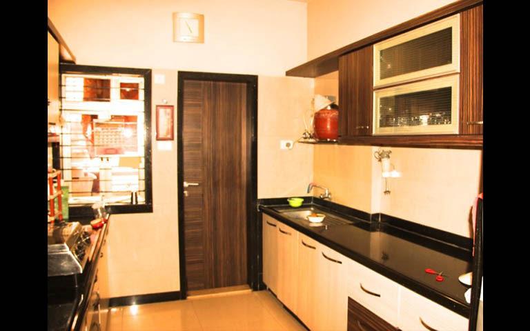 Modular kitchen by A to Z Designs Modular-kitchen Modern | Interior Design Photos & Ideas