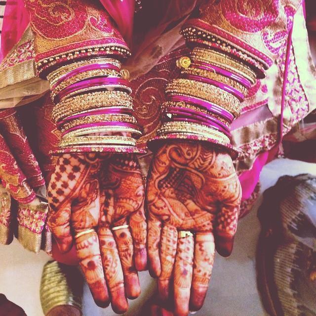 Beautiful bridal hand shot by Cele-brat Wedding-photography | Weddings Photos & Ideas