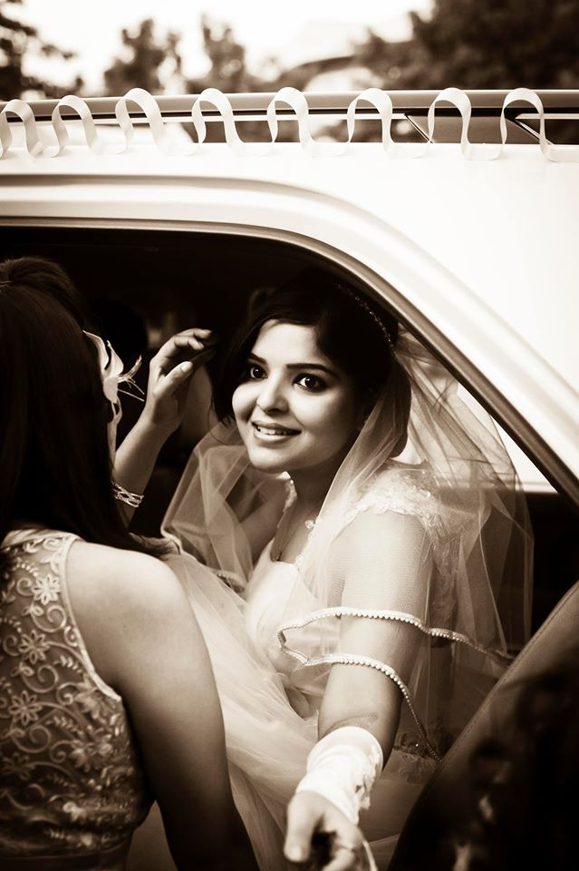 Vintage feel bride portrait by Imageirie Wedding-photography | Weddings Photos & Ideas