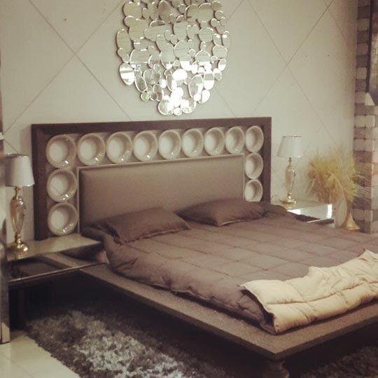 A royal bedroom! by Artistic design group Bedroom | Interior Design Photos & Ideas