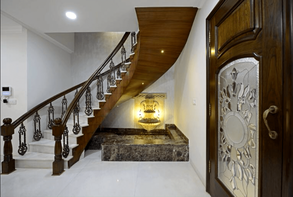 Twisted Style Wooden Staircase by Deepak Sharma Indoor-spaces Contemporary | Interior Design Photos & Ideas