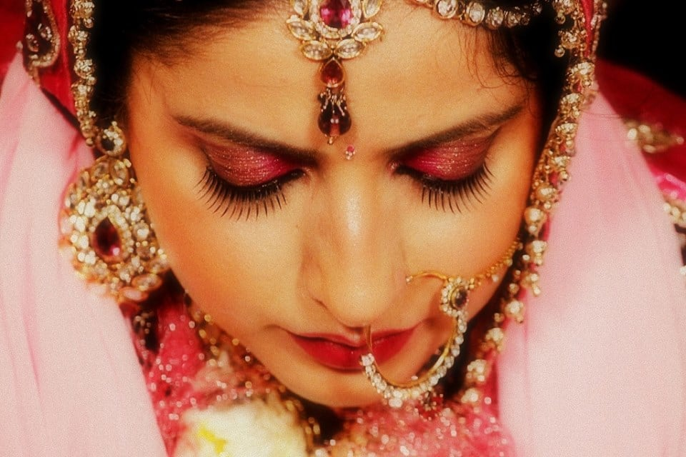 Enthralling Glimpse Of The Bride! by Neha Arora Wedding-photography Bridal-jewellery-and-accessories Bridal-makeup | Weddings Photos & Ideas