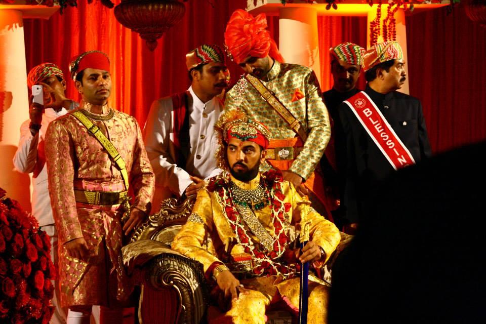 Regal Posture by Storytellers & Artists Wedding-photography | Weddings Photos & Ideas