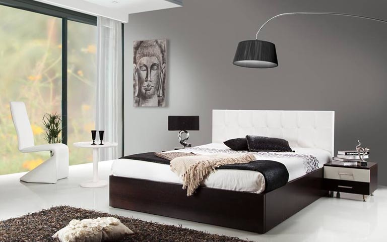 Bedroom With Box Bed And Fibre Rug by Swagita Bedroom Modern | Interior Design Photos & Ideas