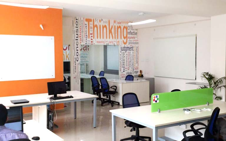 Quirky open style office decor by ANTARANGNI INTERIOR P LTD | Interior Design Photos & Ideas