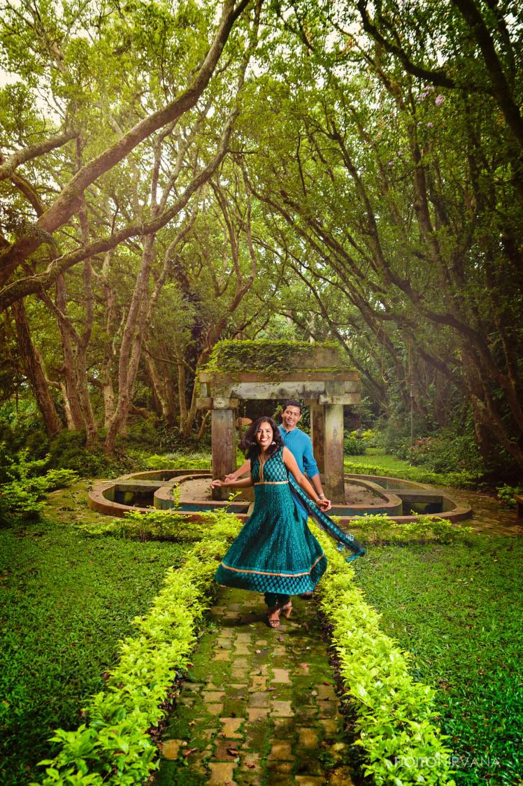 Aesthetic Pre Wedding Shot by FOTONIRVANA Wedding-photography   Weddings Photos & Ideas