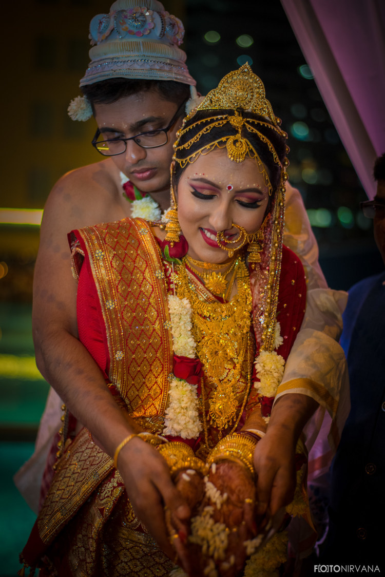Bengali Tradition In The Wedding by FOTONIRVANA Wedding-photography Bridal-jewellery-and-accessories | Weddings Photos & Ideas