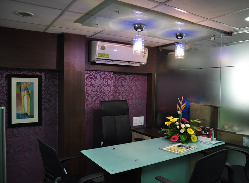 Modern cubicle style office decor by Amitus EPC Projects Pvt Ltd | Interior Design Photos & Ideas
