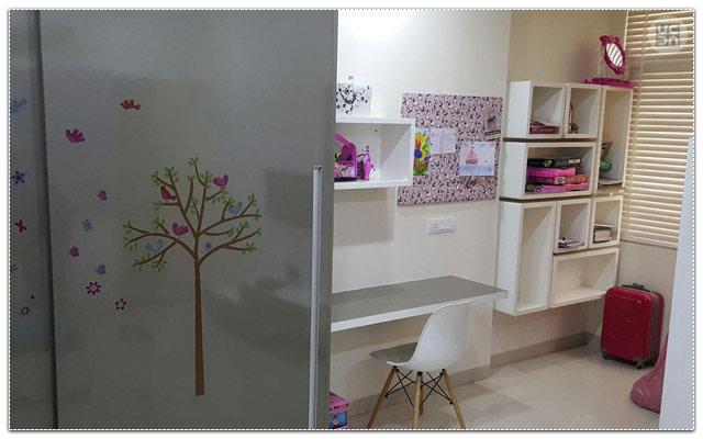 Modern study room decor by Amber Spacez Indoor-spaces Modern | Interior Design Photos & Ideas