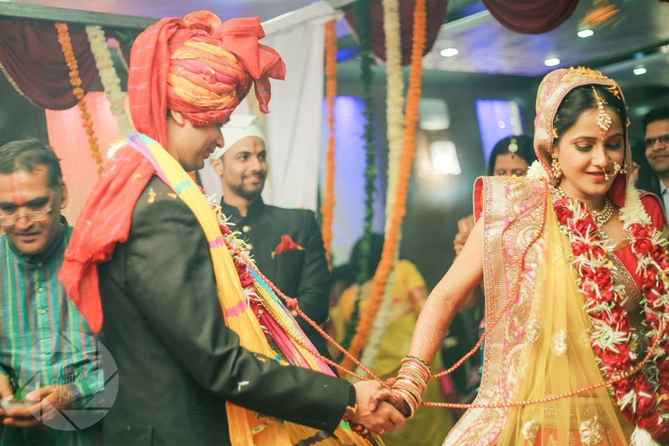 Enduring Knot Ceremony by Viral Shah  Wedding-photography | Weddings Photos & Ideas