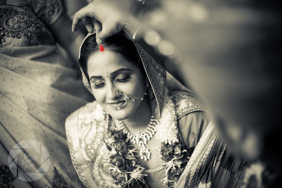 Auspicious Sindoor Ceremony by Viral Shah  Wedding-photography | Weddings Photos & Ideas