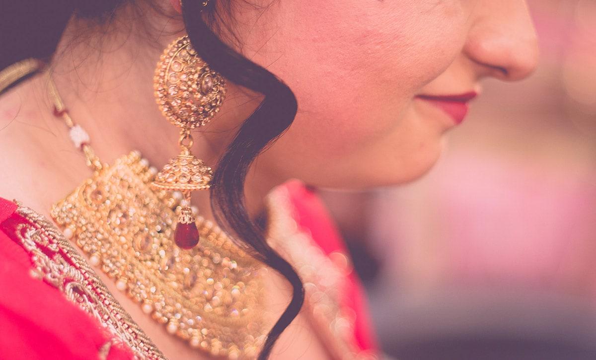 Exquisite Earrings! by Sudhanshu Singh Photography  Wedding-photography | Weddings Photos & Ideas