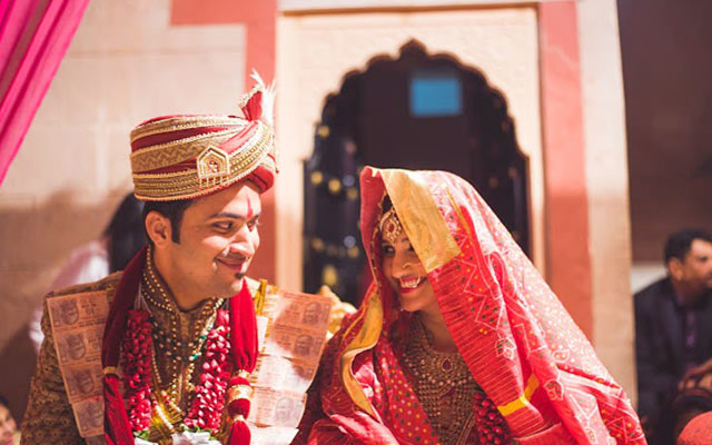 Royal Attire by Vasu Devan Photography Wedding-photography | Weddings Photos & Ideas
