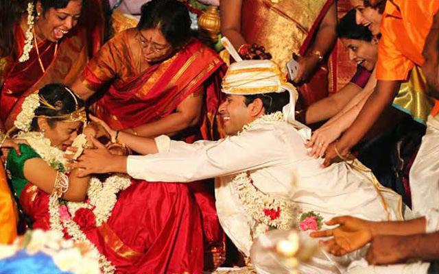 Obedient Groom by Vasu Devan Photography Wedding-photography   Weddings Photos & Ideas