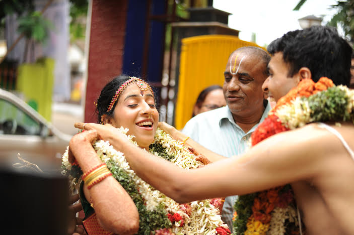 Garland Time by Vasu Devan Photography Wedding-photography | Weddings Photos & Ideas