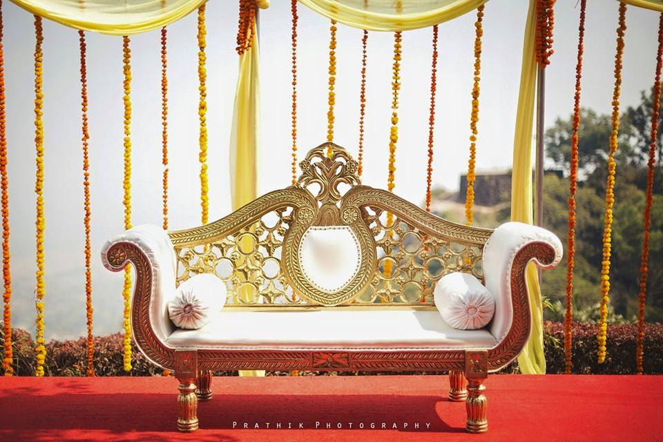 The Royal Seat by Prathik Photography Wedding-photography Wedding-decor | Weddings Photos & Ideas