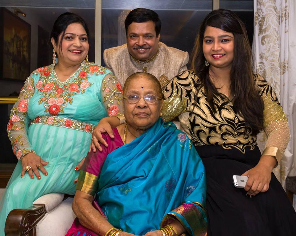 Family Portrait by Prathik Photography Wedding-photography | Weddings Photos & Ideas