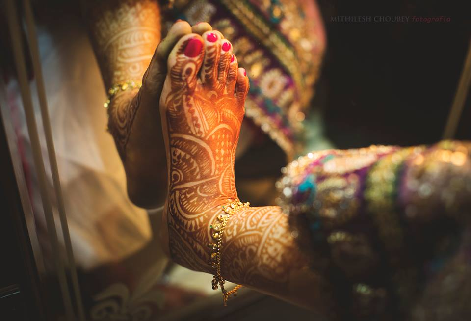 Beautiful Indian mehendi by Mithilesh Choubey fotografia  Bridal-jewellery-and-accessories | Weddings Photos & Ideas