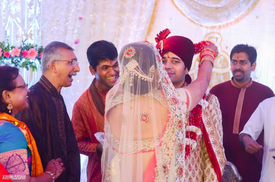 Varmala time by Vishal Kadam Photography Wedding-photography | Weddings Photos & Ideas