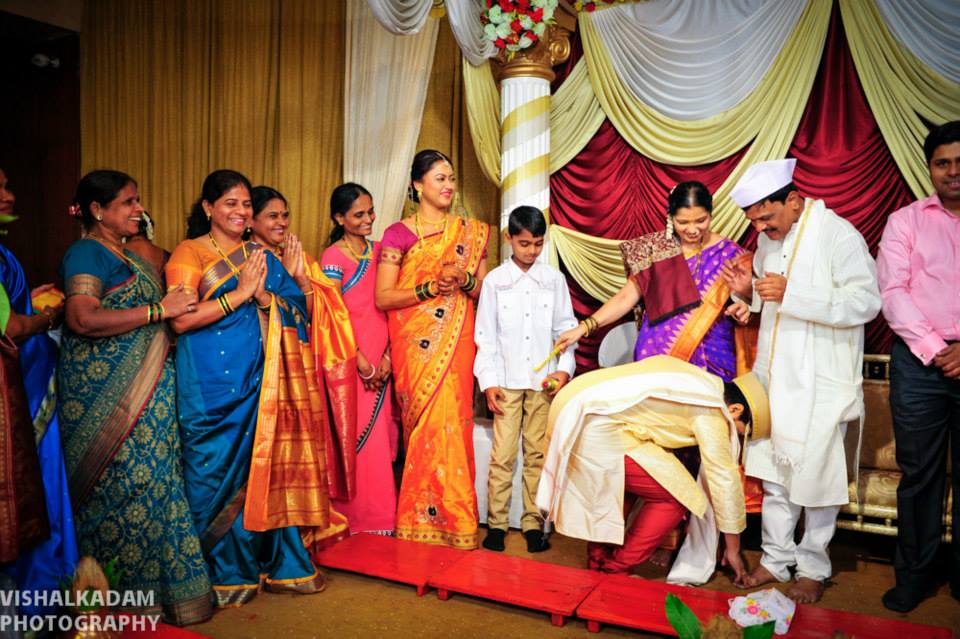 Blessings of elders by Vishal Kadam Photography Wedding-photography | Weddings Photos & Ideas