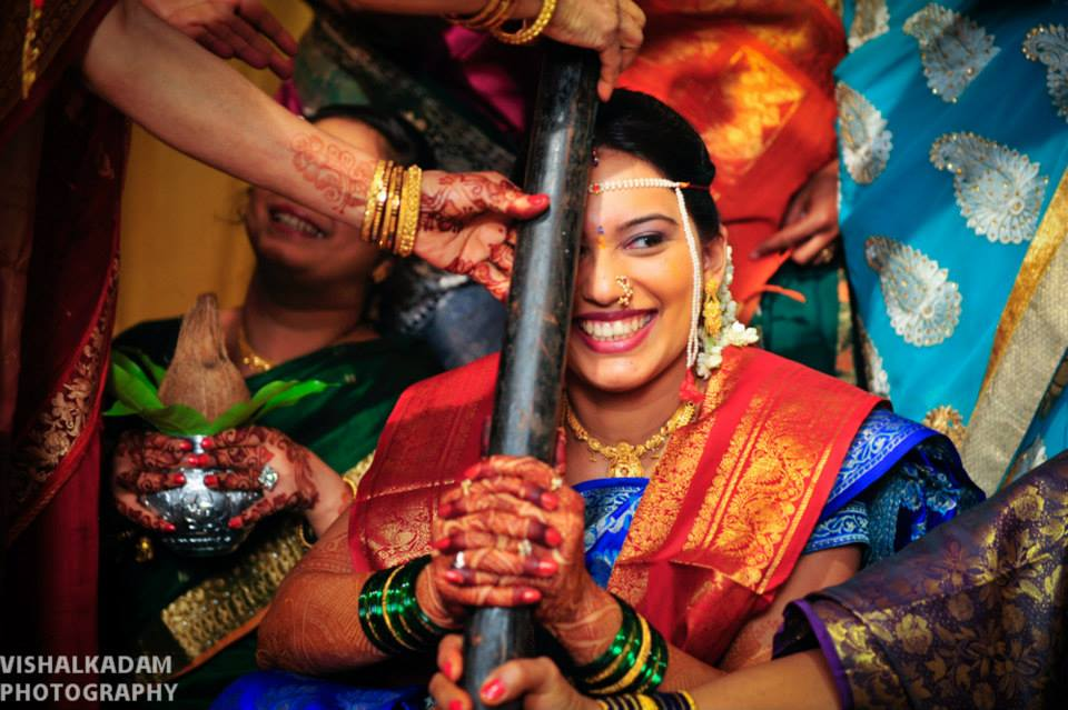 Cheerful Bride by Vishal Kadam Photography Wedding-photography | Weddings Photos & Ideas