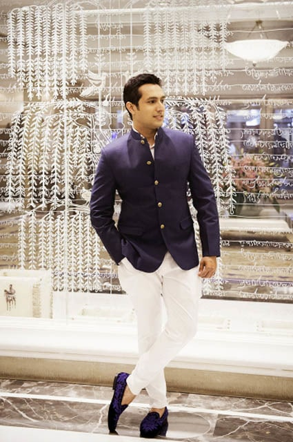 Dashing Groom Wearing Black and White Indo Weste by Dhanika Choksi Groom-wear-and-accessories | Weddings Photos & Ideas