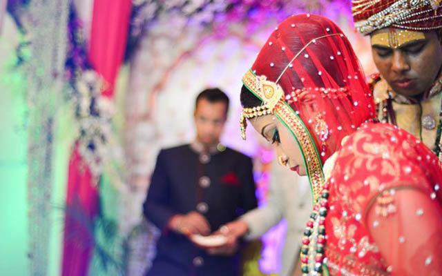 Candid Shot of the Bride by Sourav Kumar Das Wedding-photography   Weddings Photos & Ideas