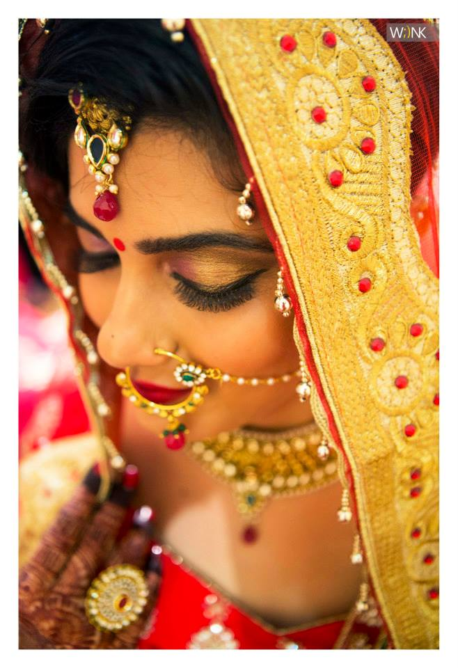 Dazzling gold bridal eye make-up by Wiink Wedding-photography | Weddings Photos & Ideas