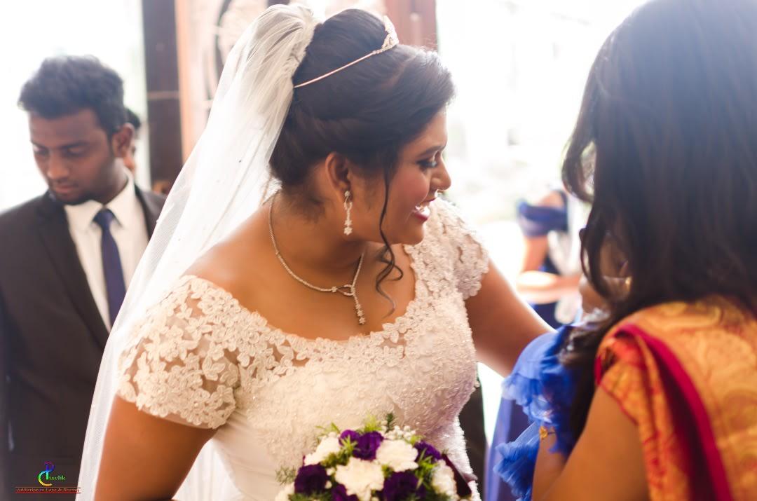 Bridal grace ! by Pixclik Wedding-photography | Weddings Photos & Ideas