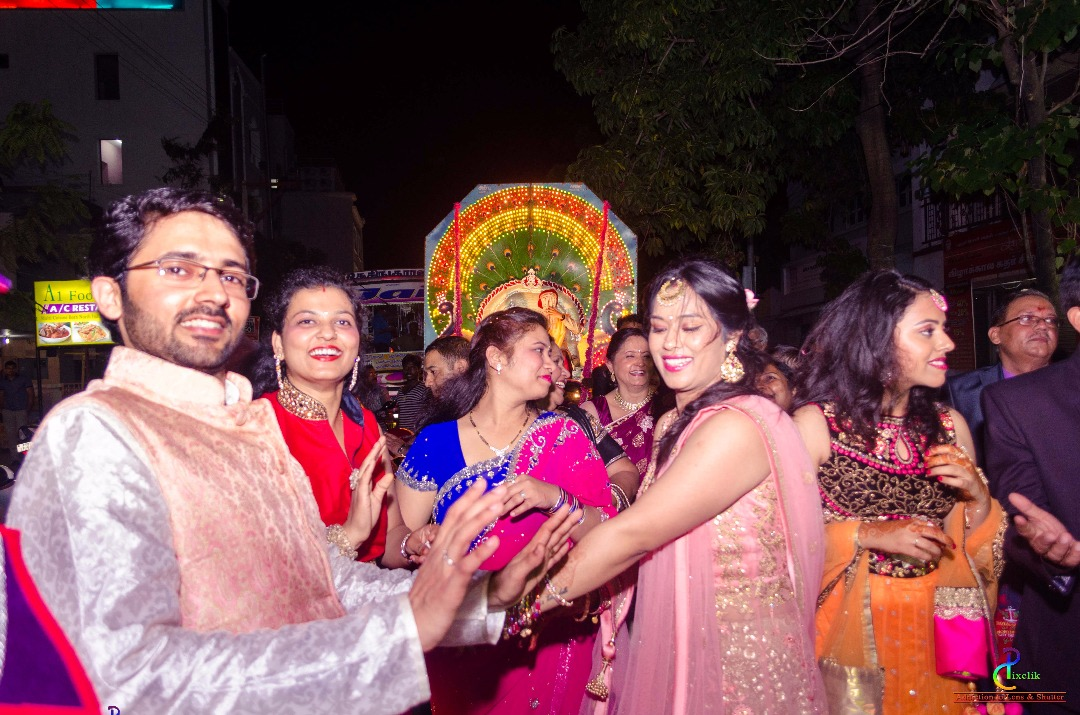 Barati dance! by Pixclik Wedding-photography | Weddings Photos & Ideas