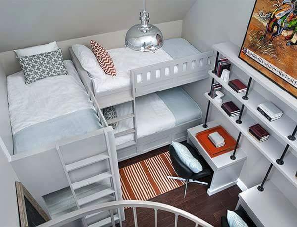 Regal bedroom decor by Burhani Design Studio Bedroom Modern | Interior Design Photos & Ideas
