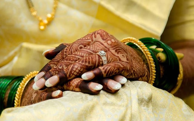 Beautiful henna and ring by Krazy Moments Wedding-photography | Weddings Photos & Ideas