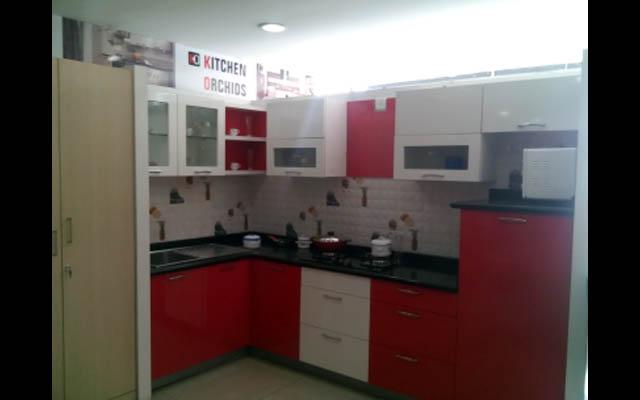 Cherry Themed L-Shaped Modular Kitchen Decor by Vijay Modular-kitchen Modern | Interior Design Photos & Ideas