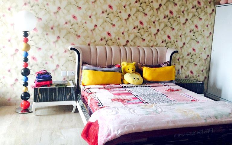 Kids Bedroom Decor With Floral Wallpaper by Ram Malhotra Bedroom Modern | Interior Design Photos & Ideas