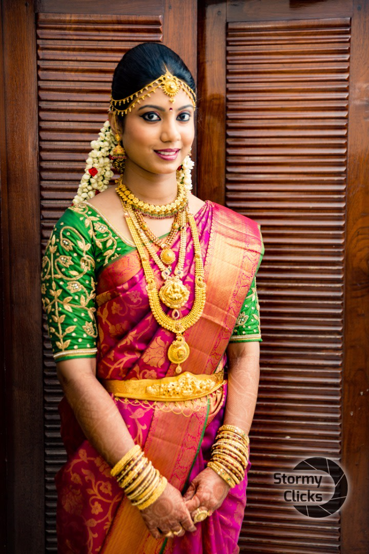 Gorgeous Bride Adorned With Gold Jewellery by Deepak Subramanian Wedding-dresses Bridal-jewellery-and-accessories | Weddings Photos & Ideas