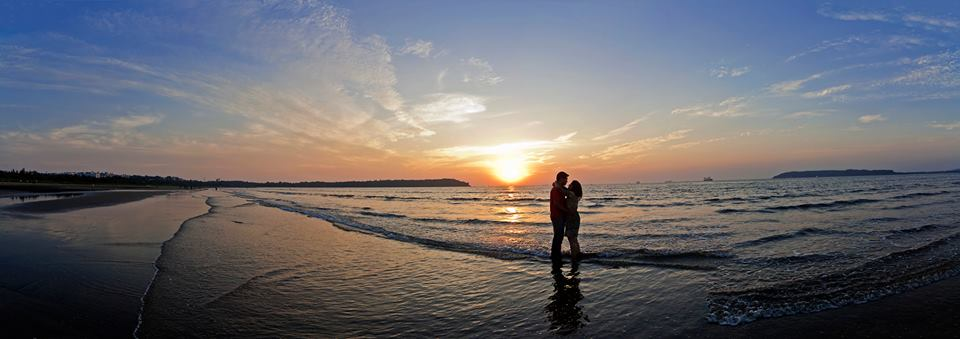 Nothing better than a walk on the beach with your love by Pixelpeppermint Wedding-photography | Weddings Photos & Ideas