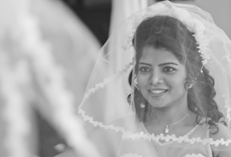 The charming bride ready for her fairy tale by Pixelpeppermint Wedding-photography | Weddings Photos & Ideas