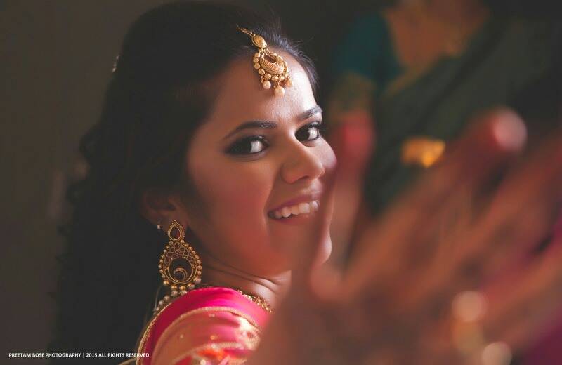Bubbly bride smiling for the camera by Pixelpeppermint Wedding-photography | Weddings Photos & Ideas