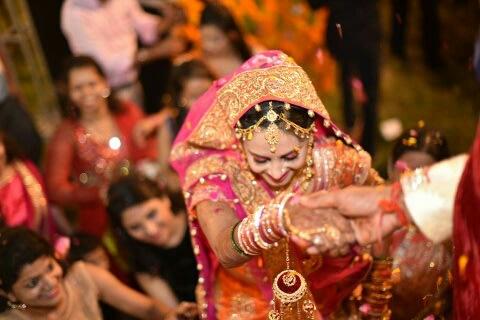 Heavenly Bride! by Nishant Arora Candid Photography Wedding-photography | Weddings Photos & Ideas
