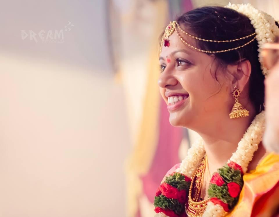 Candid bride shot by Raghavendra Wedding-photography | Weddings Photos & Ideas