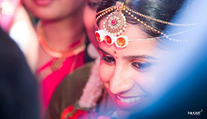 Candid bridal close up shot by Raghavendra Wedding-photography | Weddings Photos & Ideas