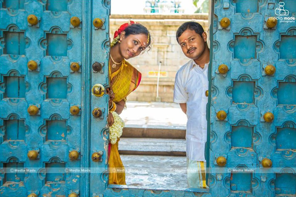 A splendid picture of the vibrant couple by Media Mads Wedding-photography | Weddings Photos & Ideas