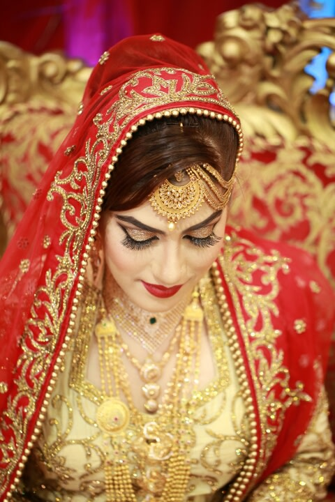 Crimson Tones! by Creative Clicks  Wedding-photography Bridal-jewellery-and-accessories | Weddings Photos & Ideas
