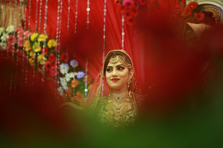 Golden Blush! by Creative Clicks  Wedding-photography Bridal-jewellery-and-accessories | Weddings Photos & Ideas